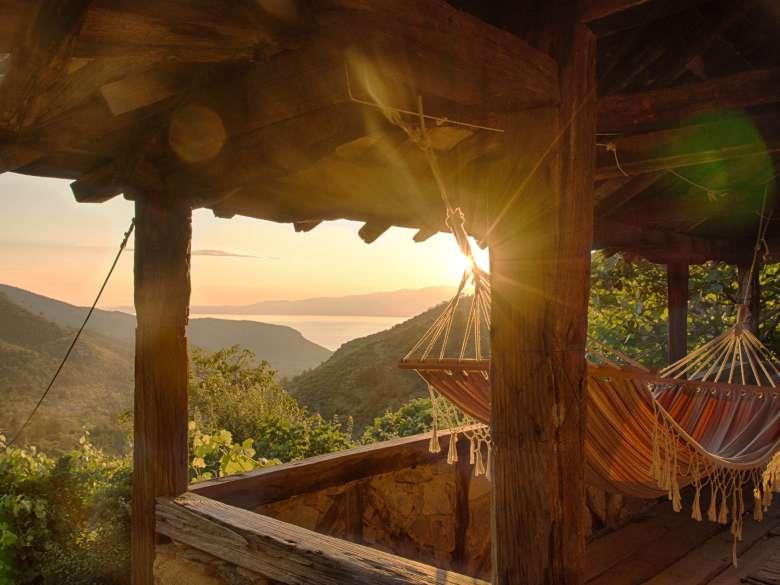 Meerblick bei Sonnenuntergang von der Loggia des Ferienhauses Karavousi